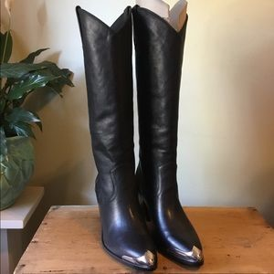 Frye Faye Metal Plate Pull-on Tall Boot, size 8